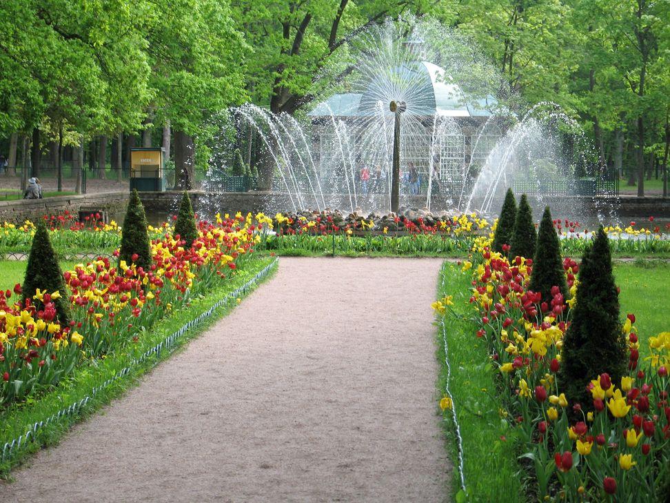 Preguntas frecuentes sobre san petersburgo for Parques con jardines