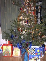 New Year tree with presents
